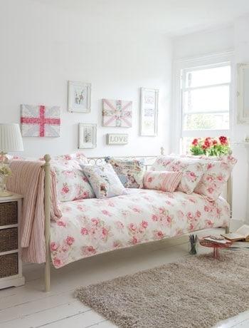Kleine slaapkamer - Meisjes slaapkamer decoratie ...