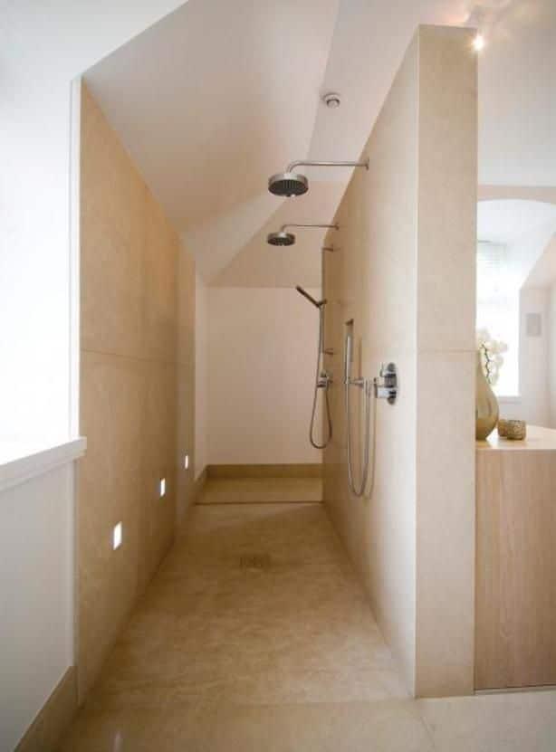 Dubbele douche interieur insider - Badkamer ideeen met douche ...