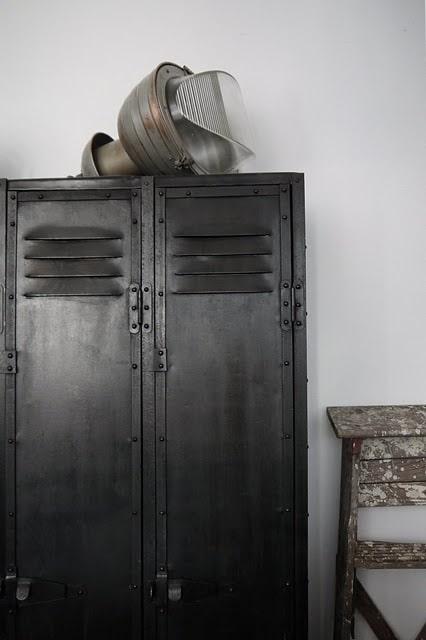 Ouderwetse Keuken Opknappen : Lockers in je woonkamer – Interieur Insider