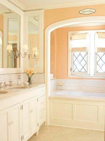 Kleur in badkamer