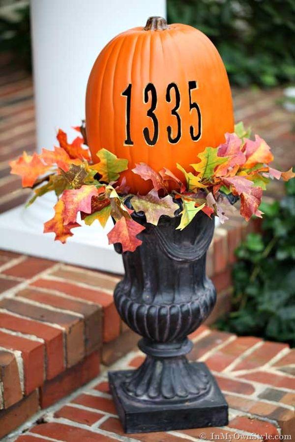 Pumpkin-Carving-Ideas-In-an-urn