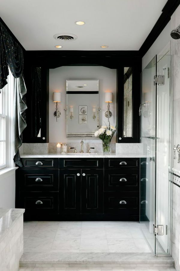 black-white-bathroom