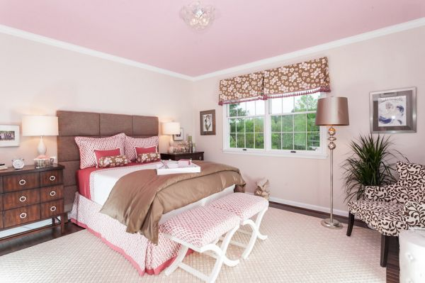 brown-pink-room