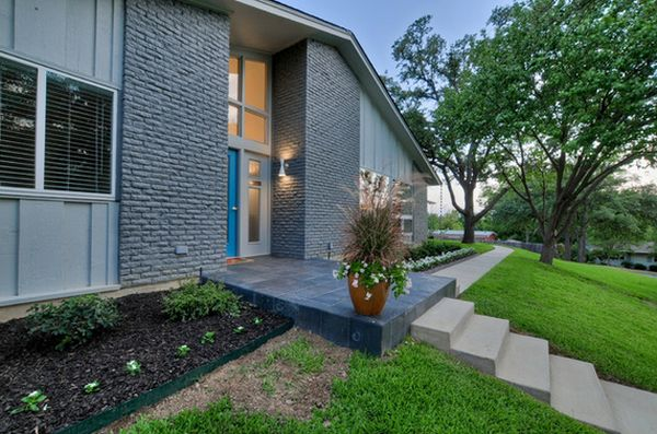 front-house-gray-painted-bricks