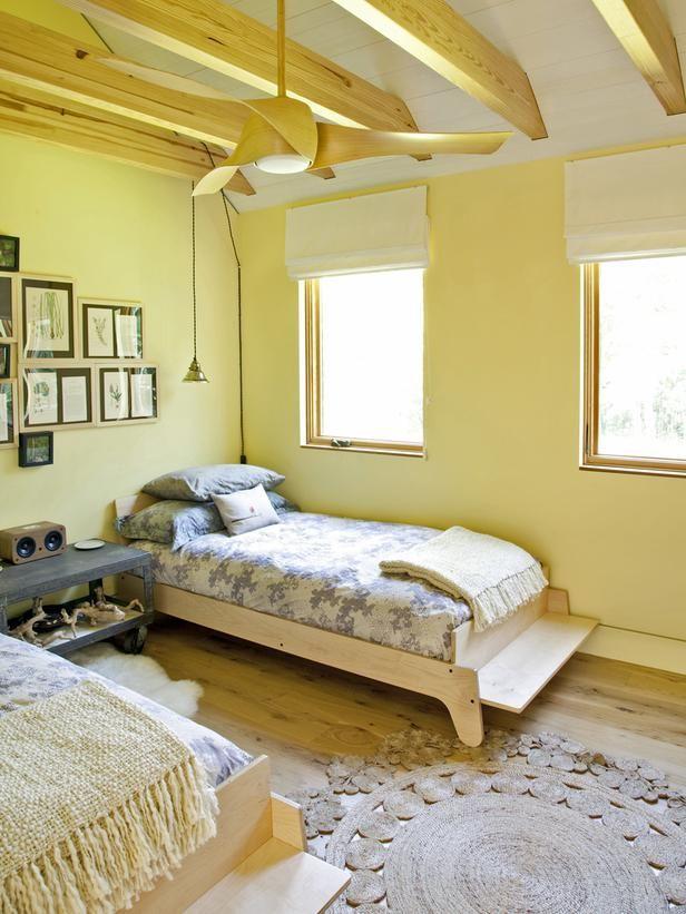Slaapkamer Kleuren Geel: Kleur interieur geel brengt het zonnetje in ...