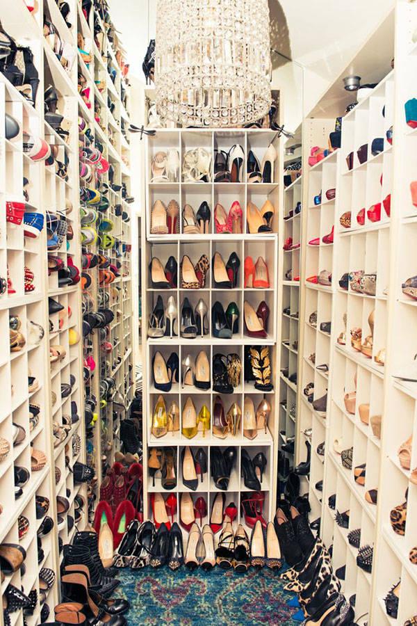 hbz-inspiring-closets-11-sm