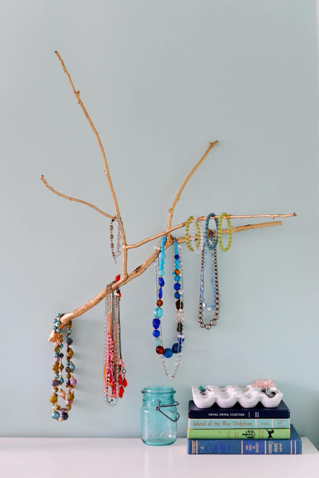 how-to-make-a-branch-jewelry-holder