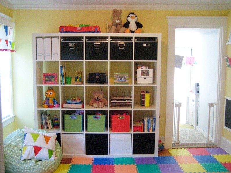 jigsaw-flooring-childs-room-cube-storage