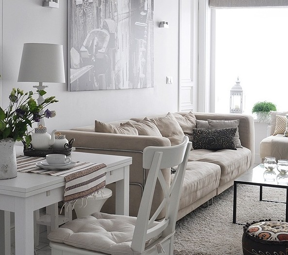 Tips om een kleine woon kamer leuk in te richten interieur insider - Een kleine rechthoekige woonkamer geven ...