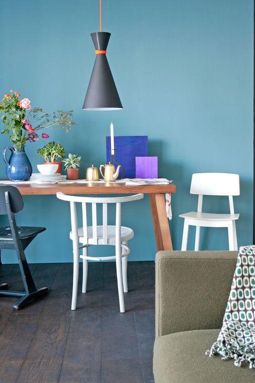 Gekleurde muren - Kleur blauwe verf ...
