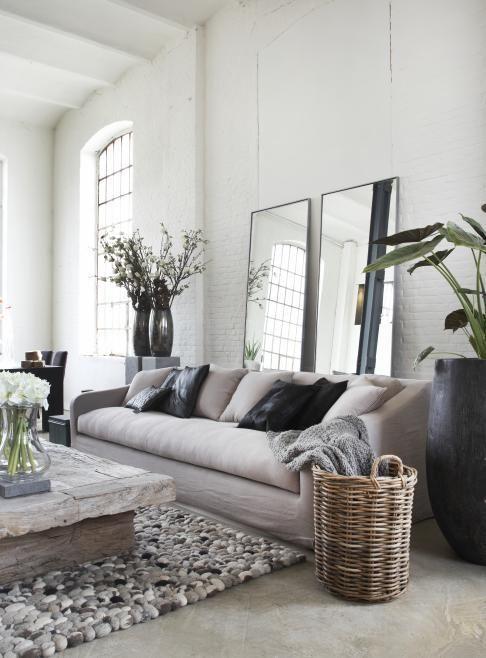 Spiegel in woonkamer — InteriorInsider.nl