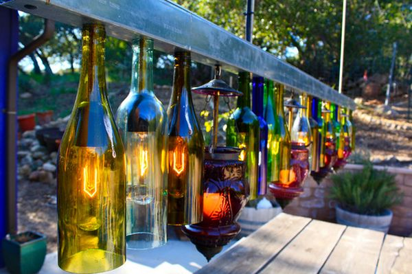 wine-bottle-outdoor-lighting