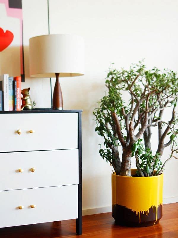 yellow-drip-planter1