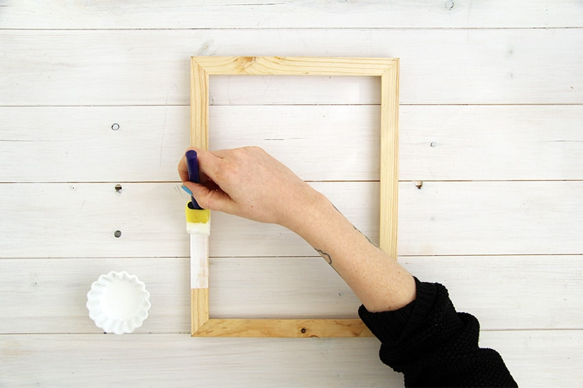 White-washed-picture-frames-first-layer