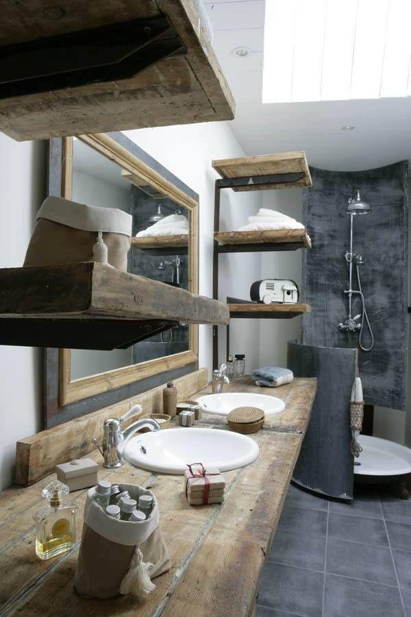Badkamer met hout — InteriorInsider.nl