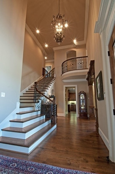 Open Foyer Quotes : Balkon in huis — interiorinsider