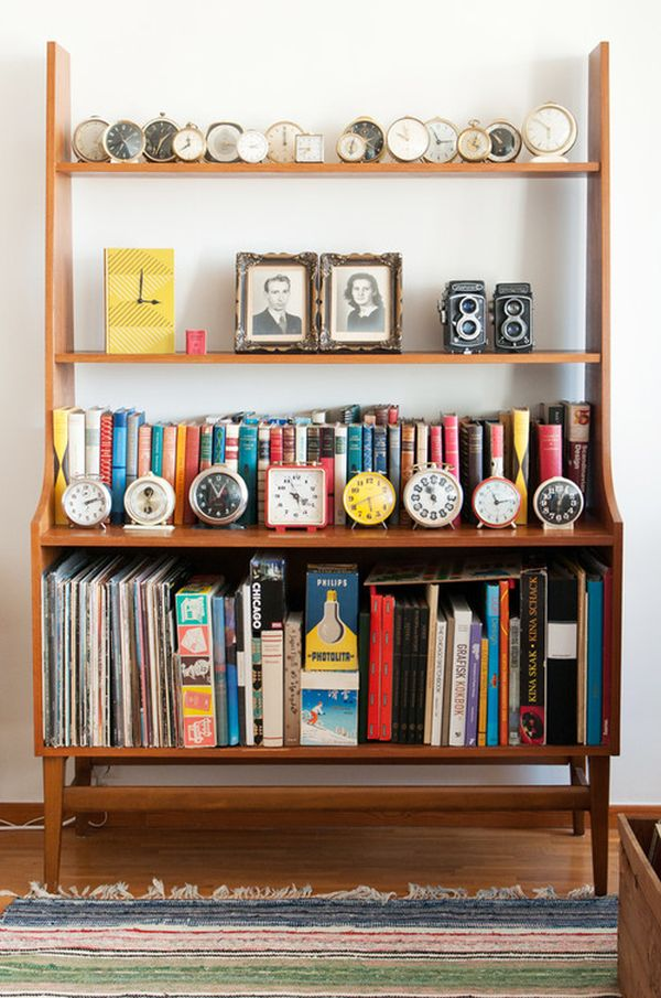 clocks-collection-display