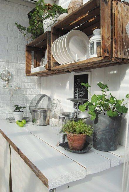 Gezellige Keuken Maken : Kitchen Wood Crate Shelf Ideas