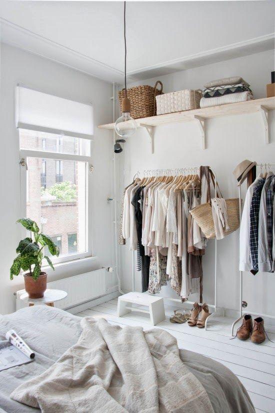 Kledingrek slaapkamer — InteriorInsider.nl