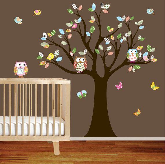 Muurversiering babykamer for Decoratie peuterkamer