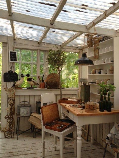 Serre inrichten interieur insider for Garden sheds interior designs