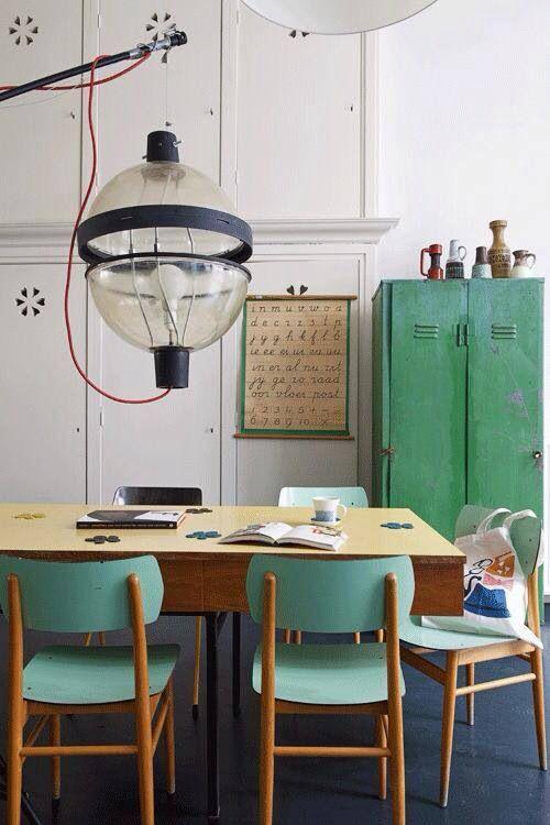 Houten Stoel Bekleden.Vintage Stoelen Interiorinsider Nl