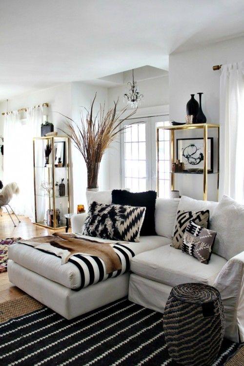 ... komt hieronder staan een paar voorbeelden van zwart witte woonkamers