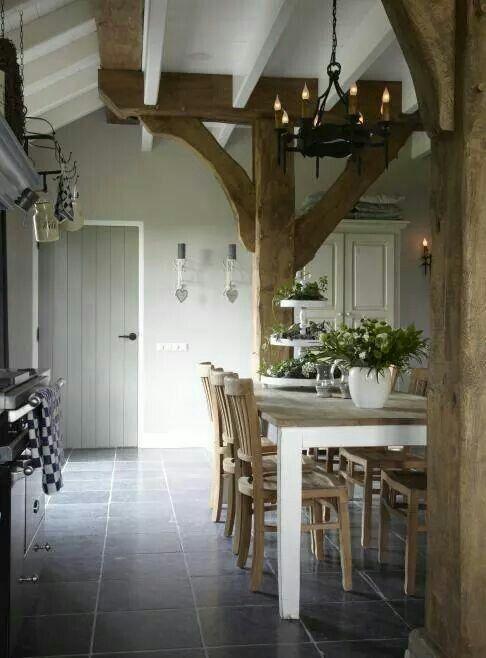 Interieur met balken - Interieur Insider