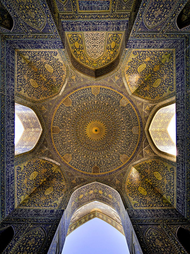 beautiful-mosque-ceiling-29__880