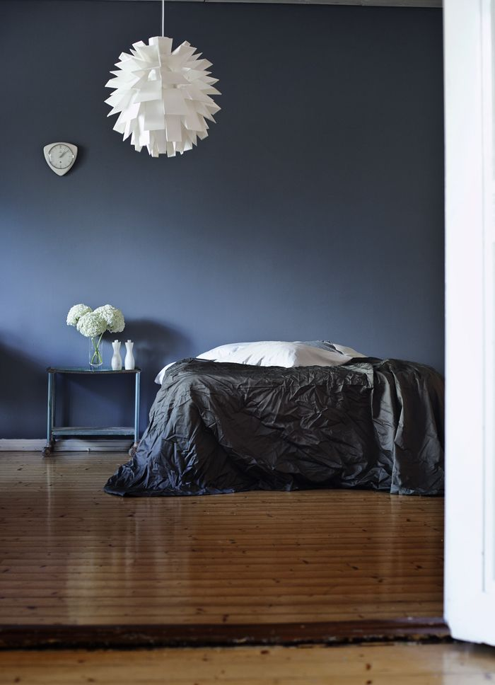 Blauwe slaapkamer - Kleur blauwe verf ...