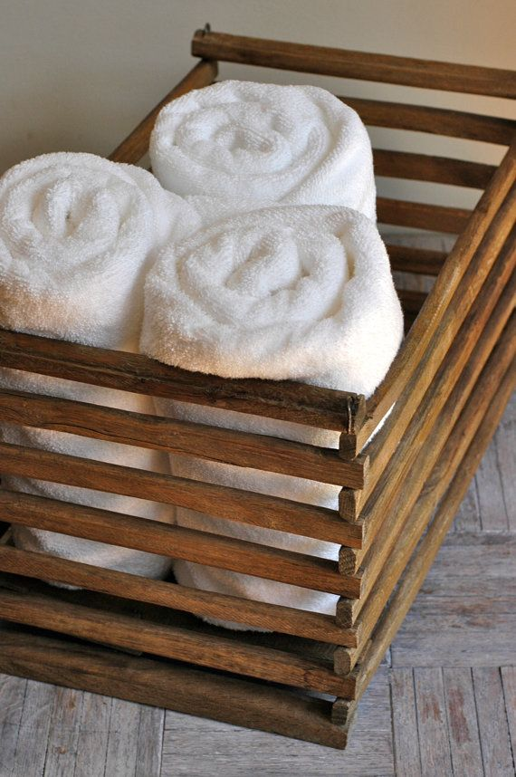 handdoeken opbergen - opvouwen, oprollen of wegstoppen, Badkamer