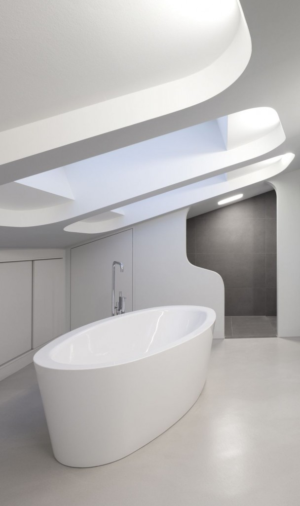 white-bathroom-interesting-ceiling-design