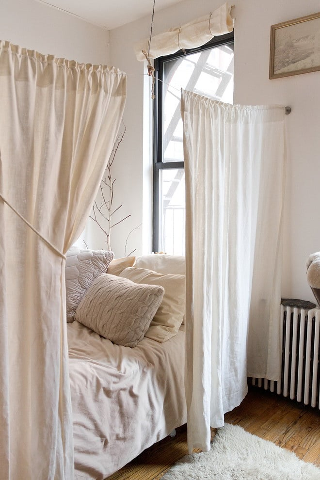 privacy-bedroom-curtains
