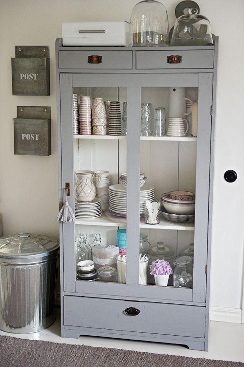 Keuken Inrichten Spelletjes : IKEA Hack Kitchen Pantry Storage Cabinet