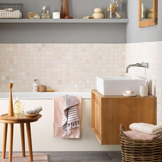 Contemporary Buddha Beach Bathroom Decor: Gezellige Badkamer