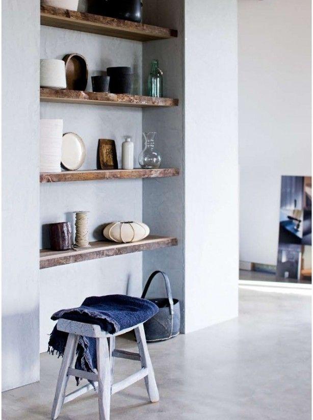 Houten Planken Aan De Muur.Plank Met Decoratie Interiorinsider Nl