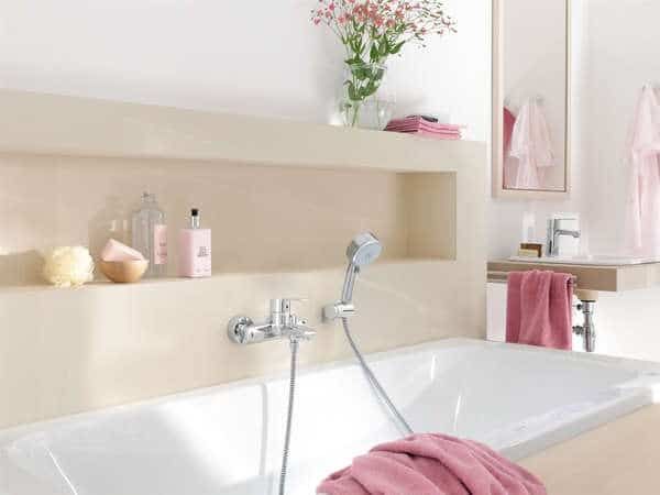 Frisse kleuren badkamer