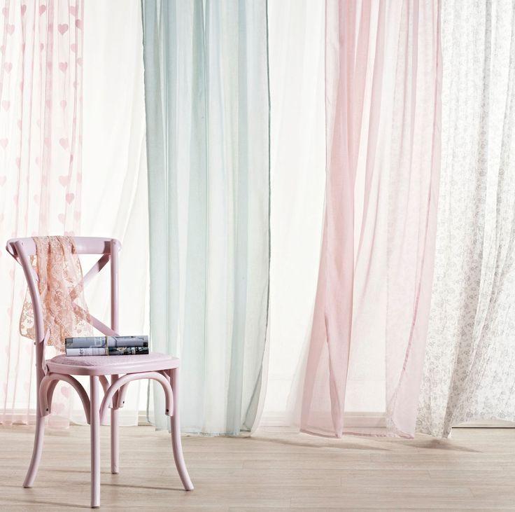 Lichte gordijnen slaapkamer - Interieur Insider
