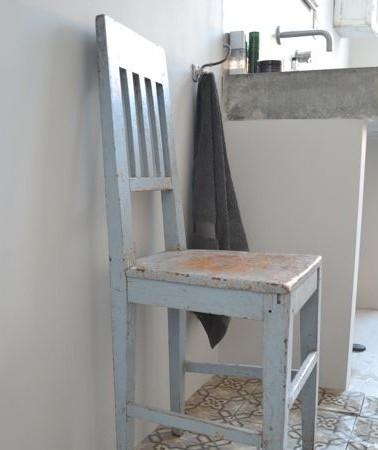 Oude stoelen leuk maken