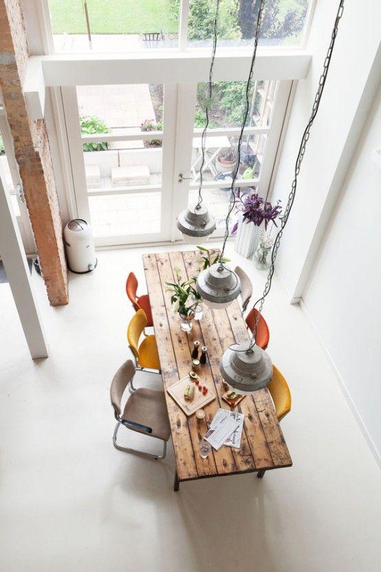 Gekleurde eetkamerstoelen - Interieur Insider