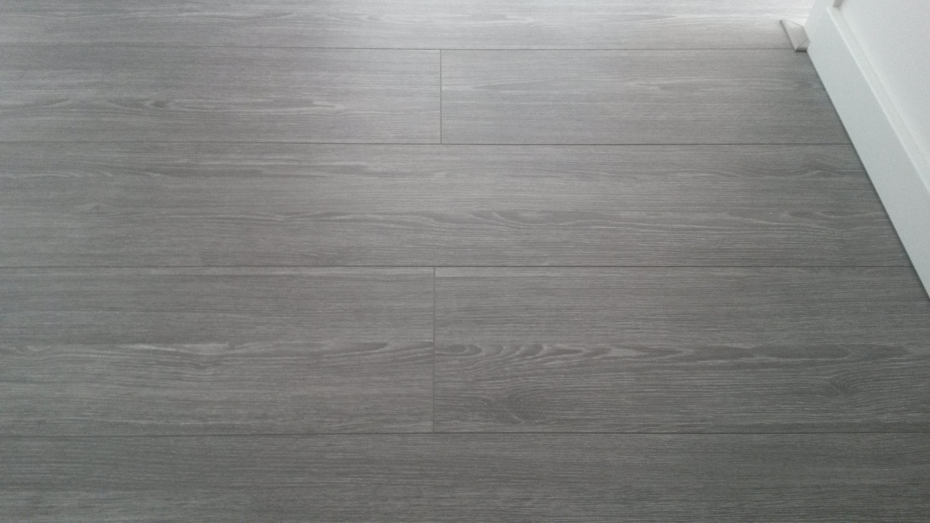 Laminaat Leggen Slaapkamer : Laminaat vloeren laten leggen vloerenleggen nu