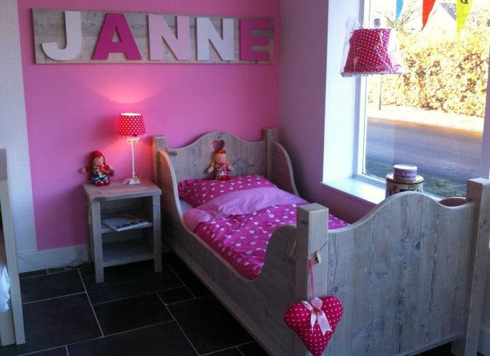 Meisjeskamer inrichten interieur insider - Kleur van slaapkamer meisje ...