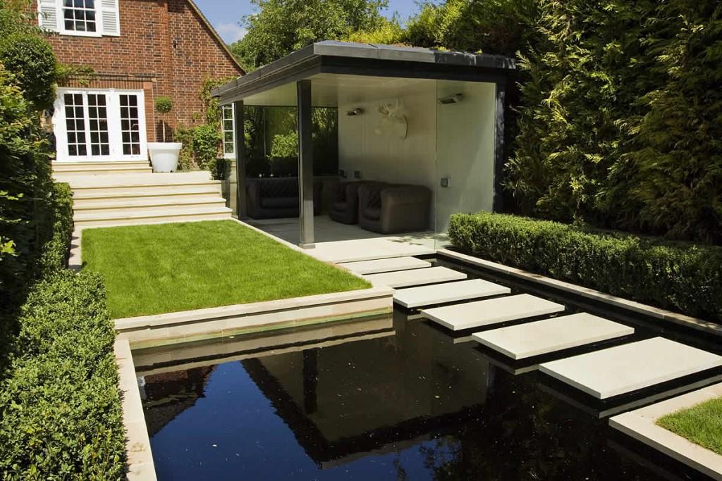 strakke tuinen voorbeelden. Black Bedroom Furniture Sets. Home Design Ideas