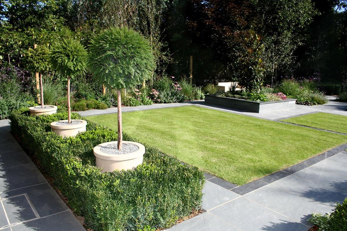 Strakke tuinen voorbeelden - Lay outs deco tuin ...