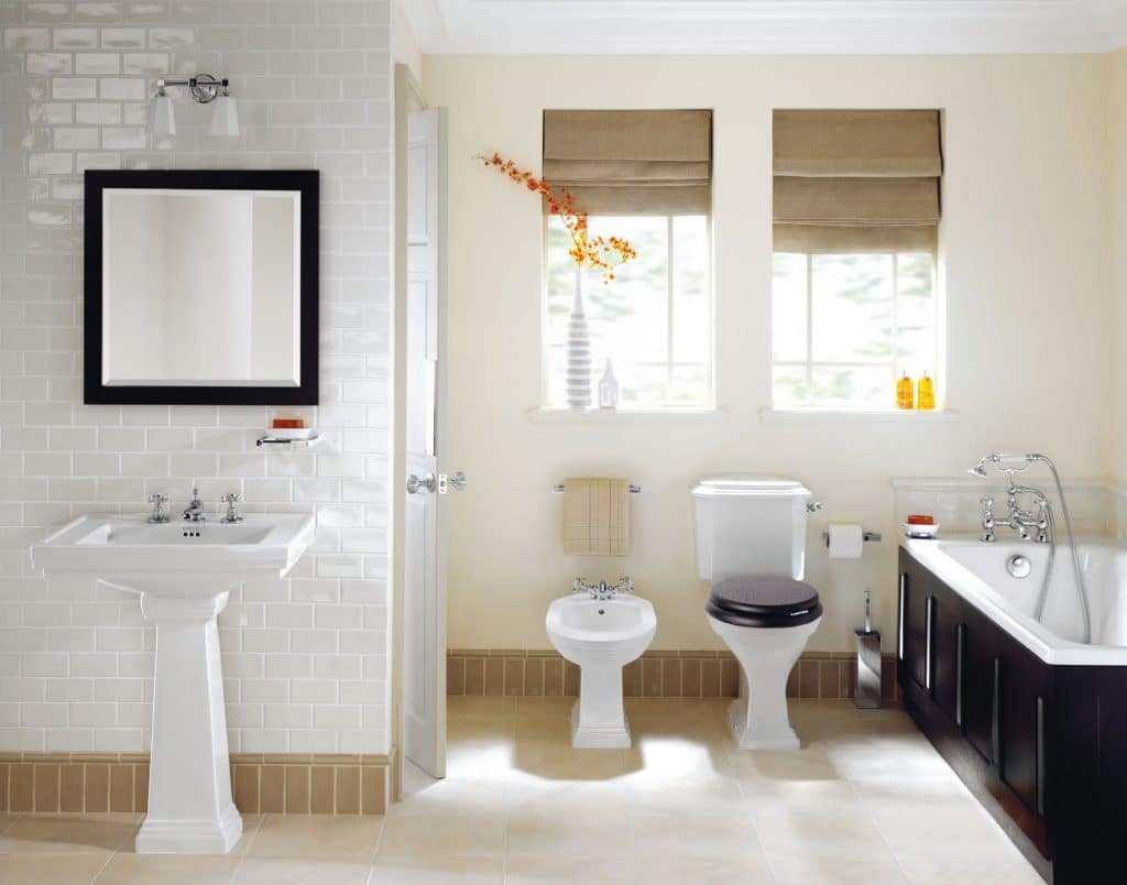 Engels interieur for Small romantic bathroom ideas