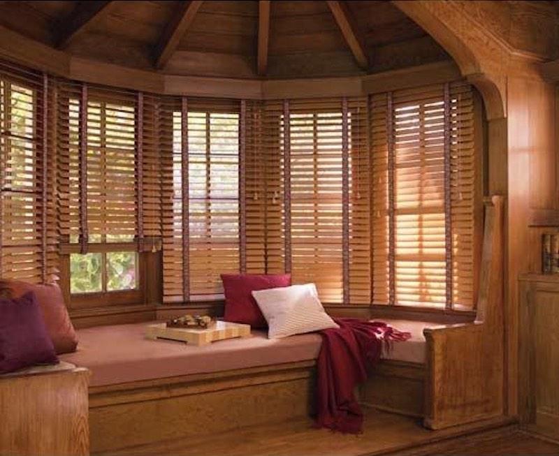 botanisch interieur houten jaloezieen