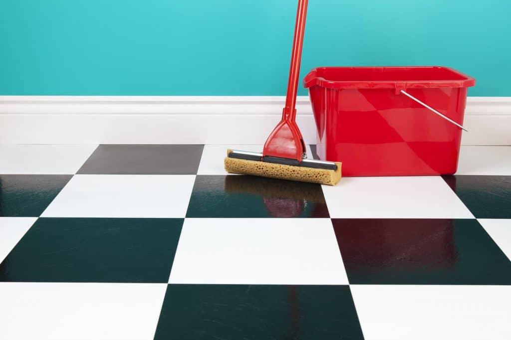 Een betonlook linoleum vloer als hippe vloerbedekking marmoleum