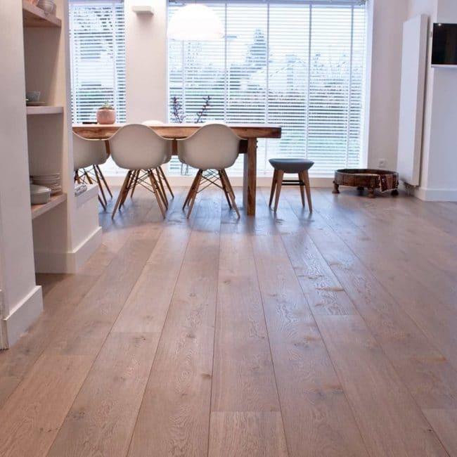 Houten vloer: Interieur voorbeelden & inspiratie — InteriorInsider.nl