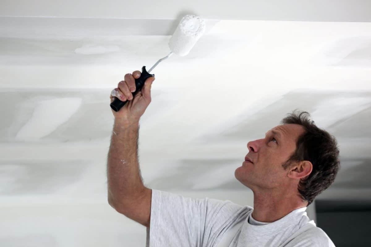 plafond schilderen roller