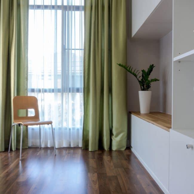 https://www.interiorinsider.nl/wp-content/uploads/raamdecoratie-gordijnen-650x650.jpg